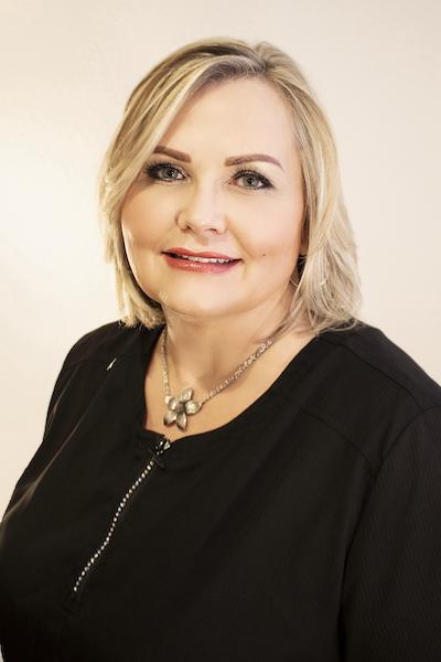Perm makeup artist